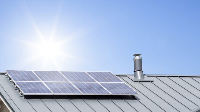 Can you install solar panels onto a metal roof?